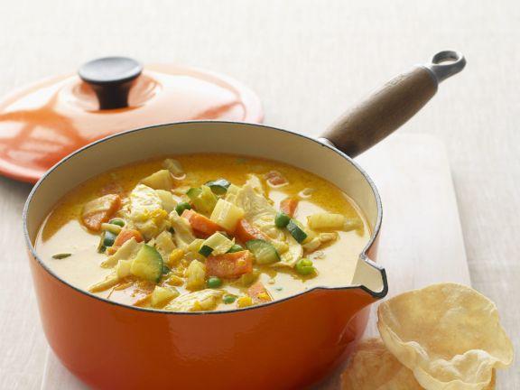 Curry-Gemüse-Suppe mit Hähnchen