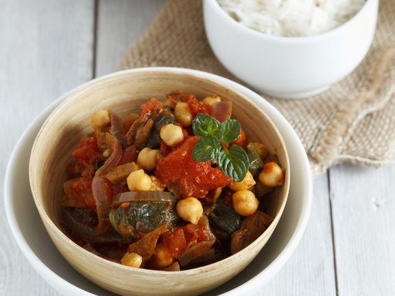 Curry mit Seitan, Kichererbsen und Tomaten