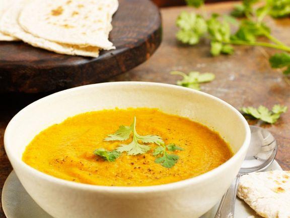 Currysuppe mit Möhren