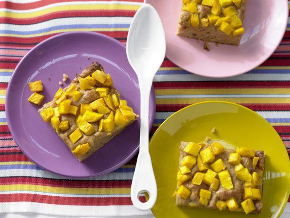 Dattelkuchen mit Mango