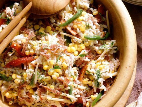Defiger Reissalat mit Mayonnaise