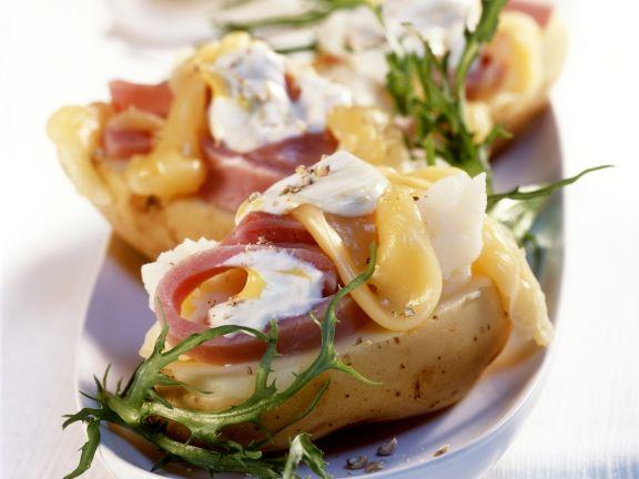 Deftige Kartoffel gefüllt mit Schinken