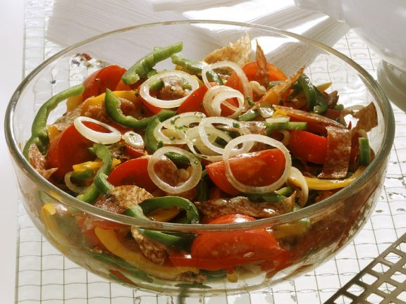 Deftiger Paprika-Tomatensalat