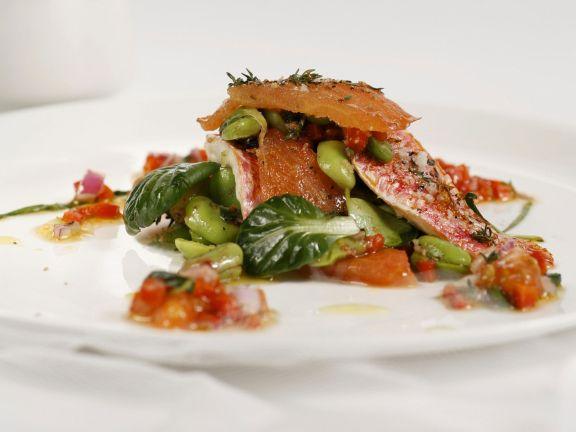 Dicke Bohnen-Salat mit Meerbarbe