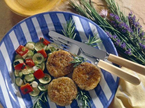 Dinkel-Amaranth-Küchlein mit buntem Gemüse