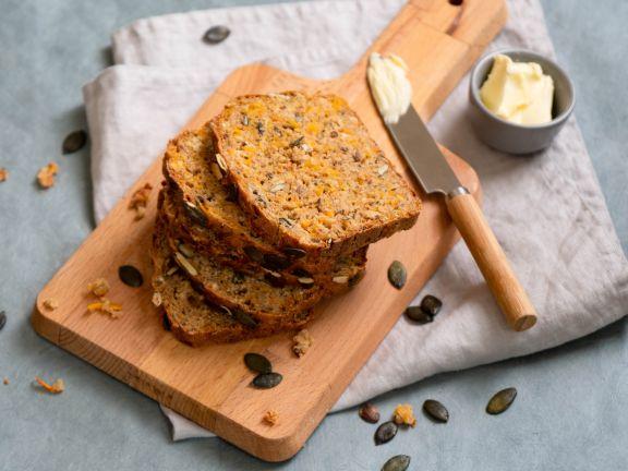 Dinkel-Hafer-Brot mit Kürbis