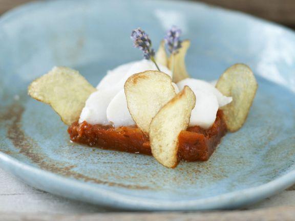 Dorsch mit pikantem Tomatenkompott und zitronigen Kartoffelchips