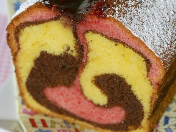 Dreifarbiger Marmorkuchen