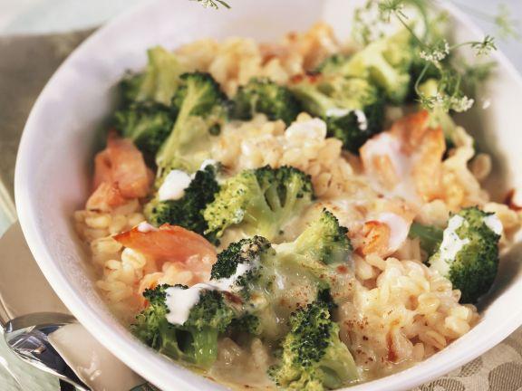 Ebly-Gratin mit Brokkoli und Lachs