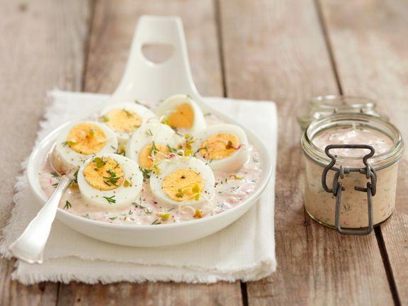 Eier in Meerrettichsauce mit Rübchen