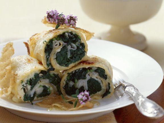 Eierkuchen mit Speck und Spinat