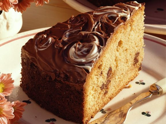 Einfacher Schokoladenkuchen mit Glasur