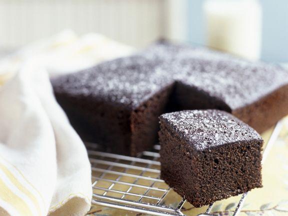 Einfacher Schokoladenkuchen mit wenig Mehl