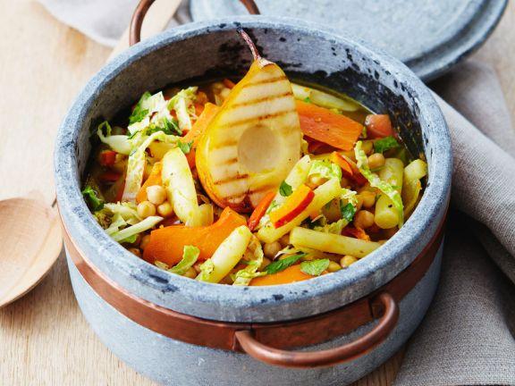Eintopf mit Gemüse und Birnen