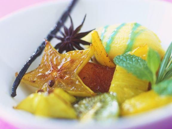 Eis mit exotischen Früchten