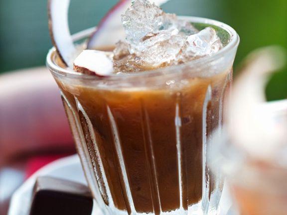 Eiskaffee mit Kokos
