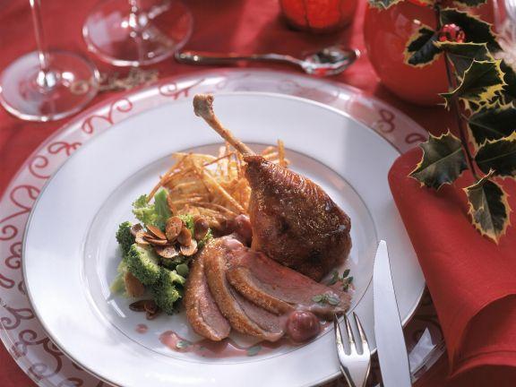 Ente mit fruchtiger Honigsoße, Rösti und Brokkoli
