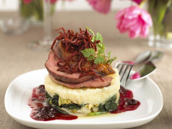 Entenfleisch mit Gemüse, Kartoffelpüree und Cranberries