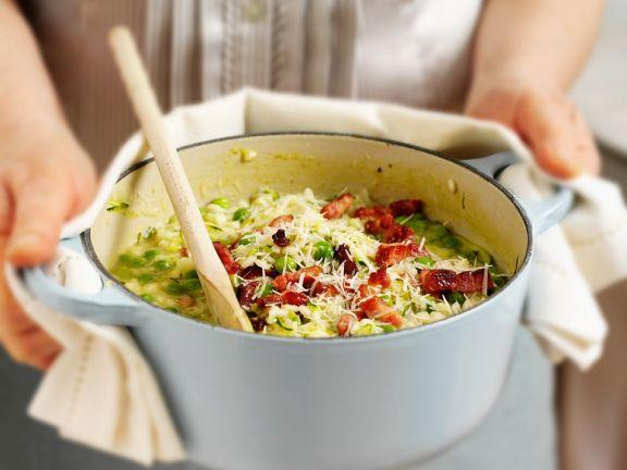 Erbsen-Risotto mit Zucchini und Speck