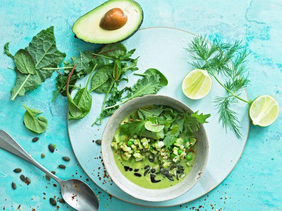 Erbsensuppe mit Avocado