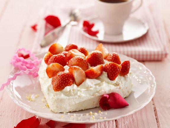 Erdbeer-Meringue-Herz