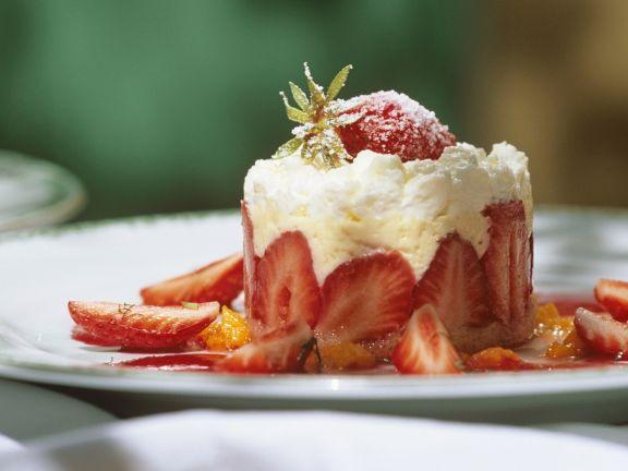 Erdbeertörtchen mit Vanillecreme