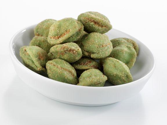 Erdnüsse in Wasabihülle