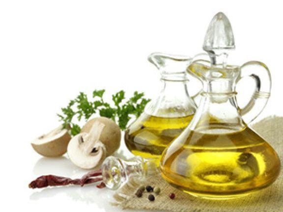 """Hilfreich beim Metabolischen Syndrom: die """"Ölreichen Reduktionskost"""". © SunnyS - Fotolia.com"""
