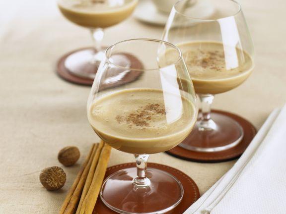 Espresso-Brandy-Drink mit Gewürzen