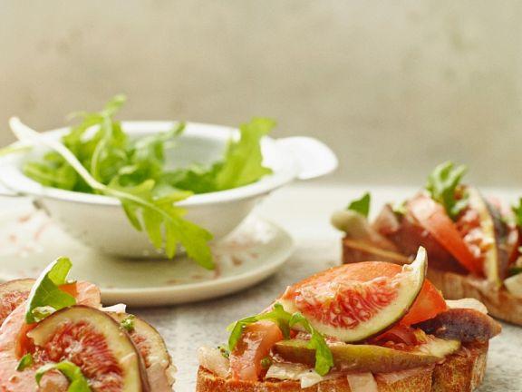 Feigen-Tomaten-Bruschetta