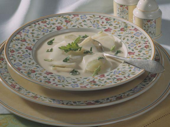Feine Käsesuppe mit Kohlrabi