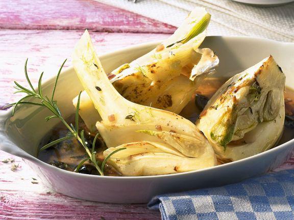 Fenchel aus dem Ofen mit Oliven und Rosmarin