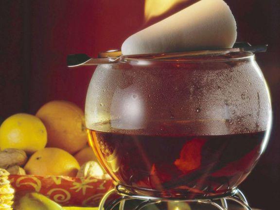 Feuerzangenbowle Rezept | EAT SMARTER