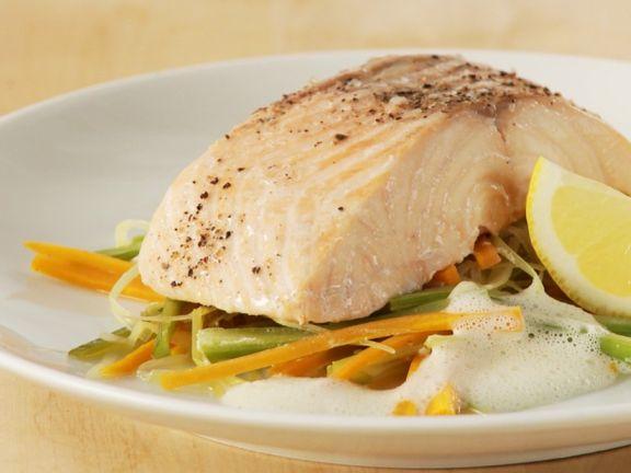 Fisch auf Gemüsebett