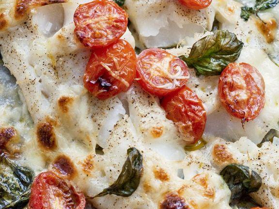 Fisch mit Tomaten und Mozzarella