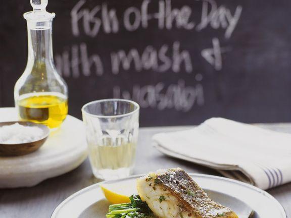 Fisch mit Wasabipüree und Spinat