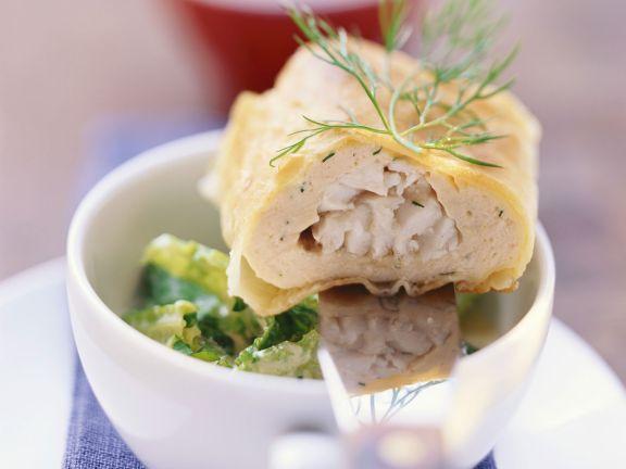 Fisch-Strudel mit Wirsing-Meerrettich-Gemüse