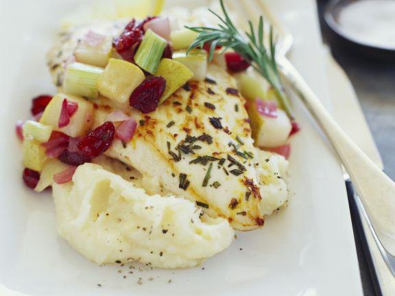 Fischfilet mit Kartoffelbrei und Gemüse