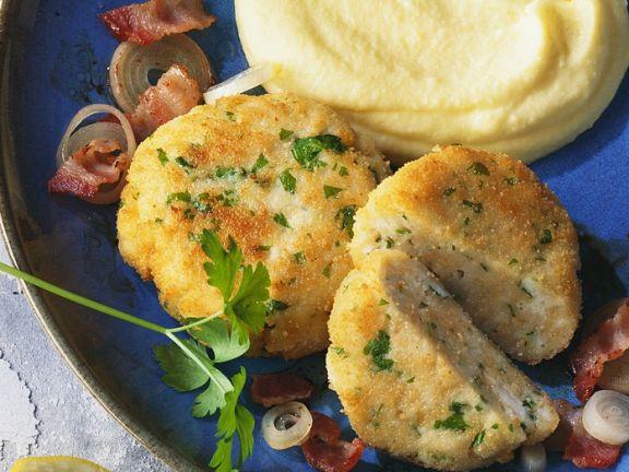 Fischpflanzerl mit Kartoffelbrei