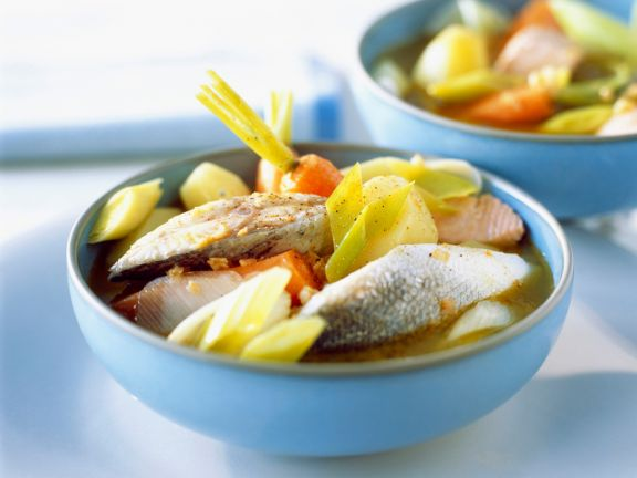 Fischsuppe mit Lauch