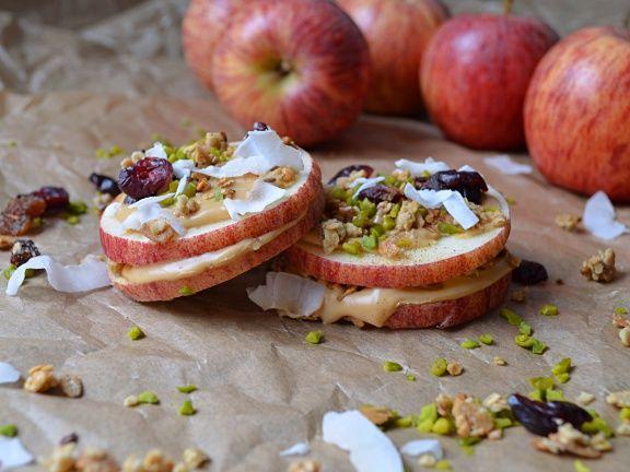 Fitmelonies Cashew-Apple-Bites mit Nüssen