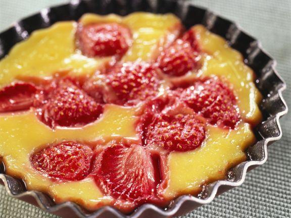 Flan mit Erdbeeren