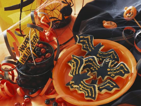 Fledermaus-Kekse zu Halloween