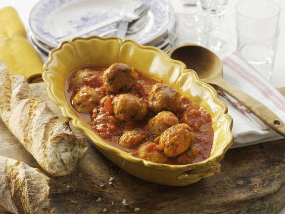 Fleischbällchen mit Tomatenssoße