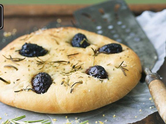 Focaccia mit Rosmarin und Oliven für den Thermomix®