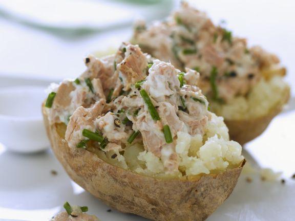 Folienkartoffel mit Thunfischfüllung