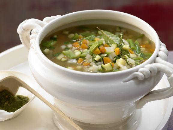 Französische Gemüsesuppe