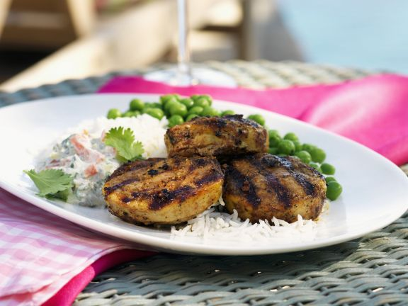 Frikadellen aus Lammfleisch nach indischer Art mit Gemüsedip