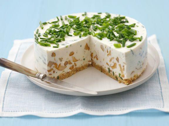 Frischkäse-Pilz-Torte mit Schnittlauch