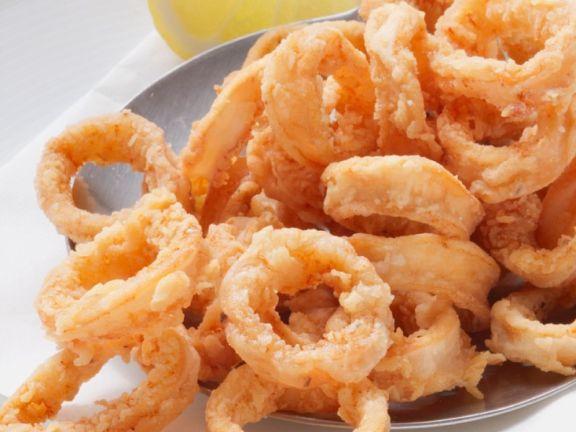 Frittierte Calamari herstellen